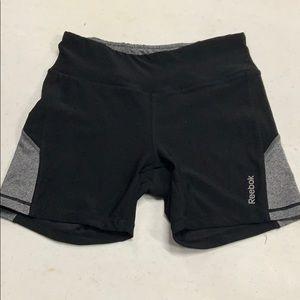 Reebok size medium Tight fit shorts!